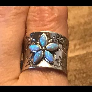 Stunning Sterling Silver and Opal Etched Ring